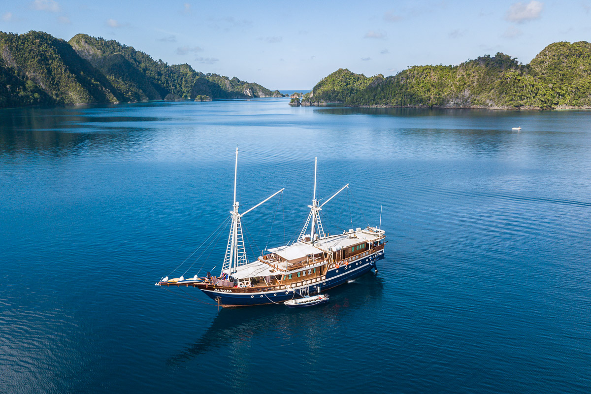 Aurora Liveaboard Indonesia